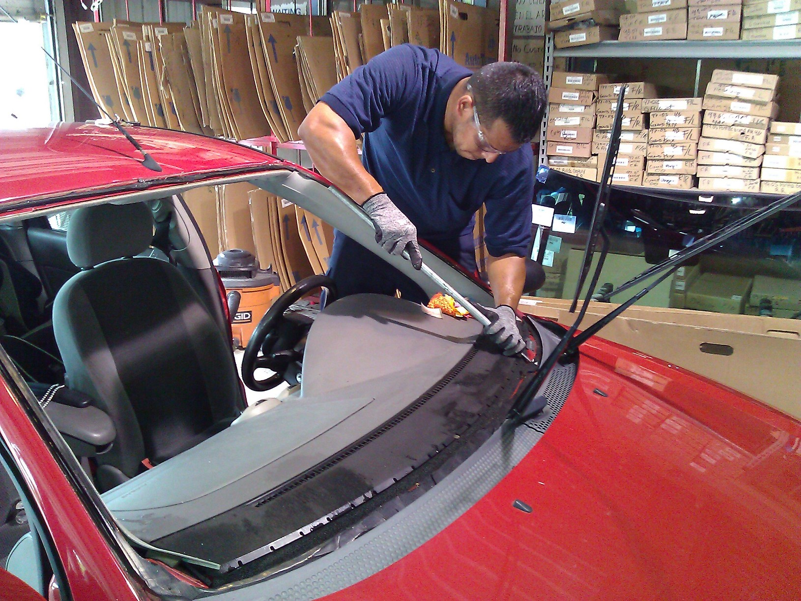 Windshield replacement 83